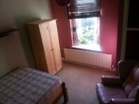 MANOR HOUSE--sunny DOUBLE room--£660pm--ALL BILLS INCLUDED--only £500 deposit