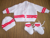 Beautiful new baby set cardigan hat and bootees sparkling white with red stripe with snowman buttons