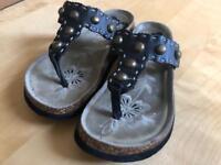 Decorative Sandals - flip flop style (size 4)