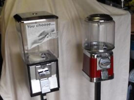 1-BEAVER SWEET VENDING MACHINE INC STAND WITH KEY CLEAN AND GOOD WORKING ORDER