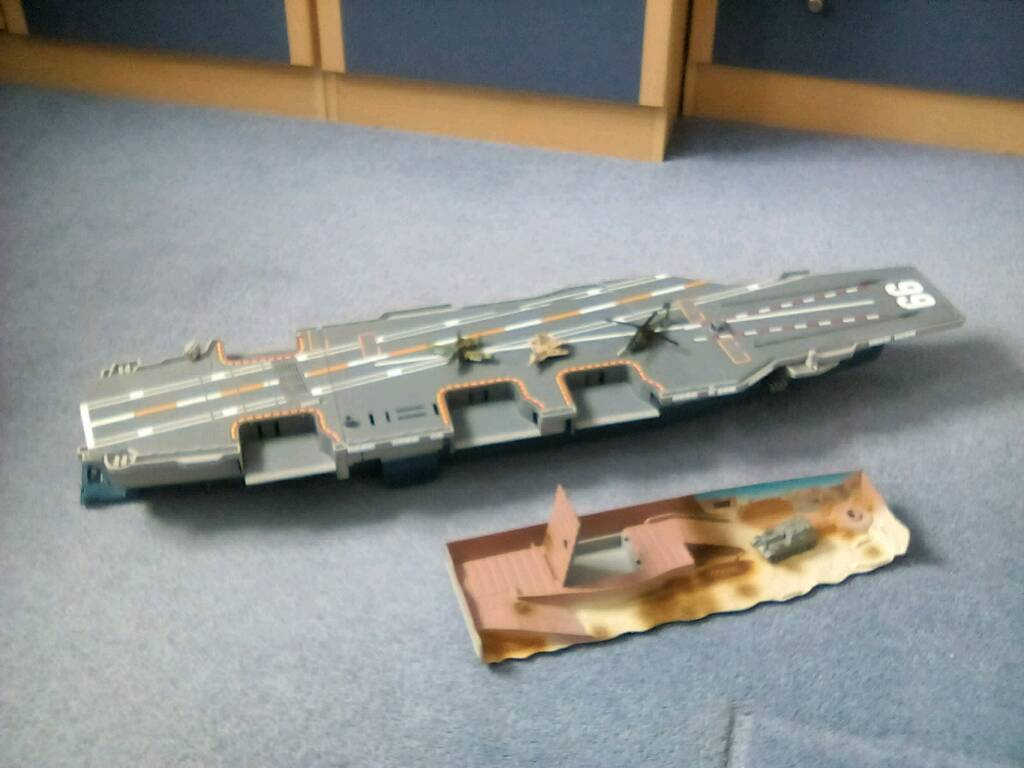 Micromachines Aircraft Carrier (Galoob Toys) with Island Base and Aircraft