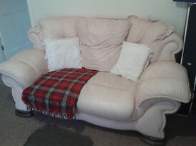 Rose/Cream Sofa