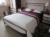 Double bed with 2 storage drawers and mattress
