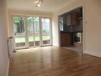 Newly refurbished 2 bedroom flat with 2 bathrooms in Winchmore Hill N21