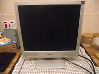 """MONITOR 17"""" Medion MD 30217 PG 43,2cm 17"""" TFT-Monitor SXGA 1280x1024, 10ms"""