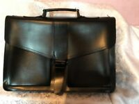 Gents black leather brief case