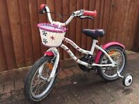 Girls bike 16 inch Hello Kitty design with Basket and stabilisers
