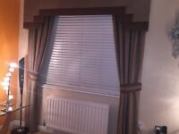 Curtains with matching pelmet