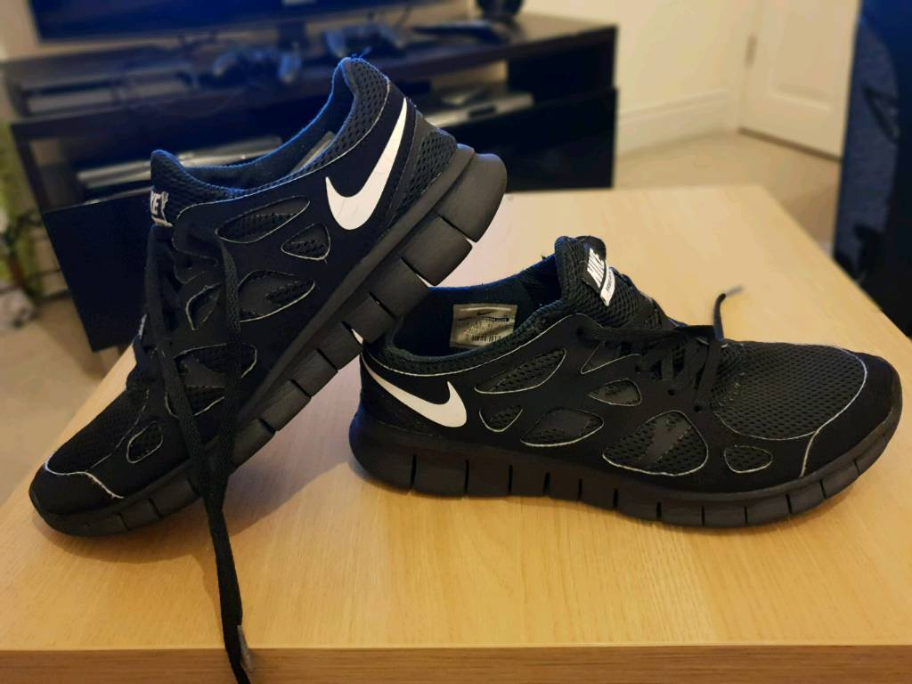 6ccc7304d95e Nike Free Run 2 Trainers