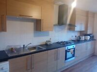 LARGE Single room to let near Manchester City Centre
