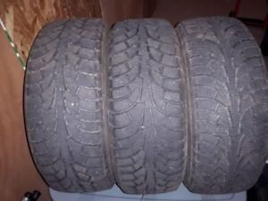 4 Hancook Winter Tires
