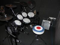 ROLAND TD25KV COMPLETE DRUM KIT / MANY EXTRAS **MINT CONDITION** (PERSONAL INJURY FORCES SALE)
