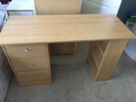 Desk with 3 shelves and 3 drawers in good condition