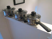 CHROME POTS AND PANS X3 WITH VENTED LIDS - GC