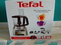 Brand new boxed powerful Tefal double force 1000w food processor, D0826H40,rrp £149.99