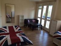 Twin Room Private Balcony for 2 People HOMERTON