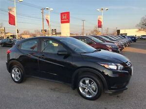 2016 Honda HR-V LX 2WD 6MT - BRAND NEW!