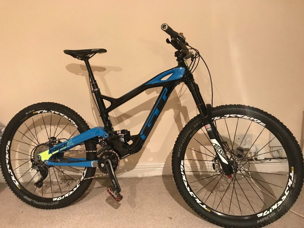 GT Force X pro mountain bike, Un-used, top spec