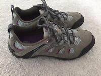 Karimor walking shoes