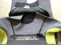 Child's wetsuit (Gul response steamer). Junior Medium