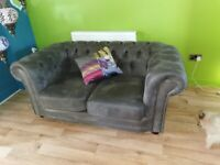 Stunning Chesterfield style grey 2 seater sofa