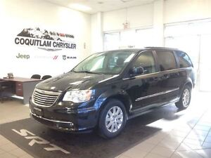 2015 Chrysler Town & Country Touring MyGIG Power Seats Loaded Tr