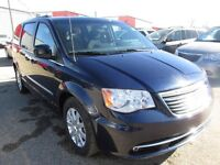 2013 Chrysler Town & Country Touring - Loaded