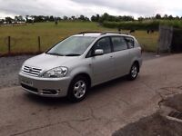 Toyota Avensis Verso D4D 2004.
