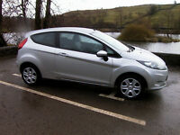 FORD FIESTA STYLE + 1.25 3 DOOR HATCHBACK IN SILVER WITH FSH AND AIR CON - VERY CLEAN CAR