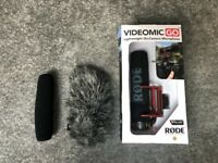Rode VideoMic Go PLUS Deadcat Furry Windshield Bundle