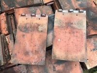 1000 used roof tiles, 14 x 8 roughly