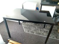 Black/glass Dining Table