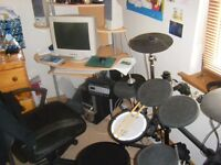 Electronic Drum Kit-well looked after