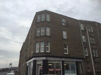 **** 2 BED STUNNING FLAT SOUTH BAFFIN STREET** EXCELLENT CONDITION - RIVER VIEWS - AVAILABLE NOW***