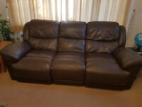 BROWN LEATHER RECLINER SOFAS 3+2 FOR SALE - MUST GO ASAP - FREE DELIVERY SOME AREAS - £325