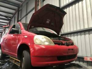 814 - Toyota echo 1999 red