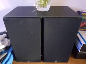 Mordaunnt short speakers