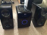LG Micro Hifi System DAB Radio/CD/IPod Dock/Aux High Quality Sound