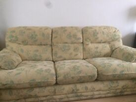 Sofa+ 2 Armchairs in excellent condition.