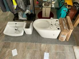 Brand New Unused Sink/Basin & Toilet
