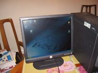 "DELL 17"" computer slim monitor"