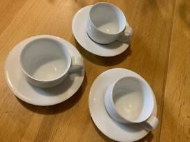 8 x M bistro tea cups and saucers