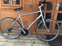 "Specialized Globe Hybrid Bike. 22"" Frame. Extra Large. 58cm 700cc Wheels. 24 gears. Fully working"