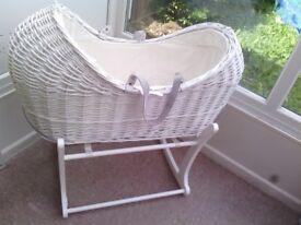 Clair De Lune - Swinging Baby Crib With Mattress
