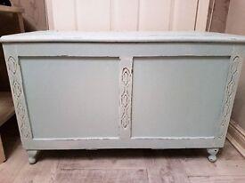 Shabby chic vintage duck egg blue blnkett box / toy box fully refurbished