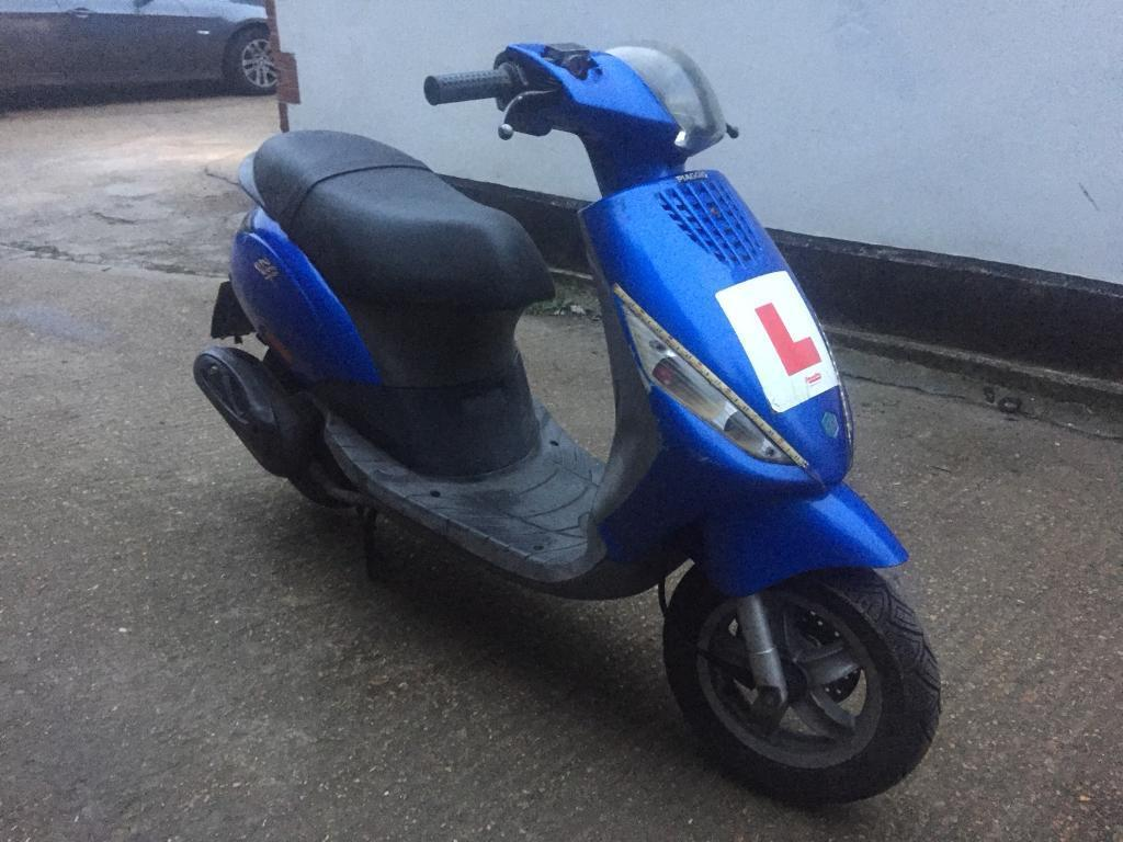 FULLY WORKING 2007 Piaggio Zip 100cc learner Scooter with mot.