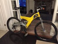 Carbon Fibre, Full Suspension Mountain Bike