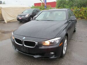 2013 BMW 328 i xDrive | LEATHER | ONE OWNER London Ontario image 3