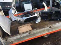 FORD S MAX 2014 FRONT END, AND AIRBAG KIT COMPLETE WITH PARKING SENSORS SILVER