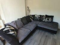Corner couch in fantastic condition